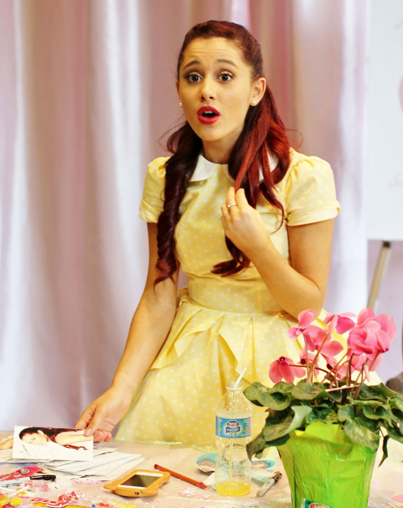 Exclusive... Teen Starlet Ariana Grande A Smash At Vancouver Meet and Greet For Latest Film