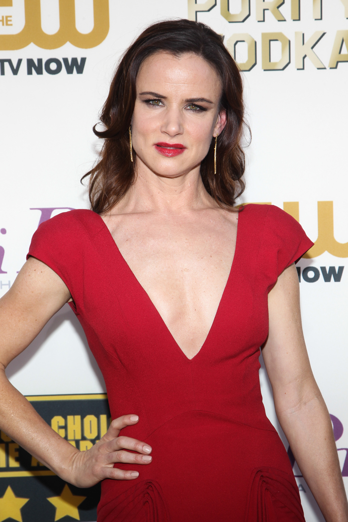 Juliette Lewis: The media hates CO$ because of pharmaceutical money