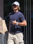 Exclusive... Gabriel Aubry Shopping At The Sherman Oaks Mall