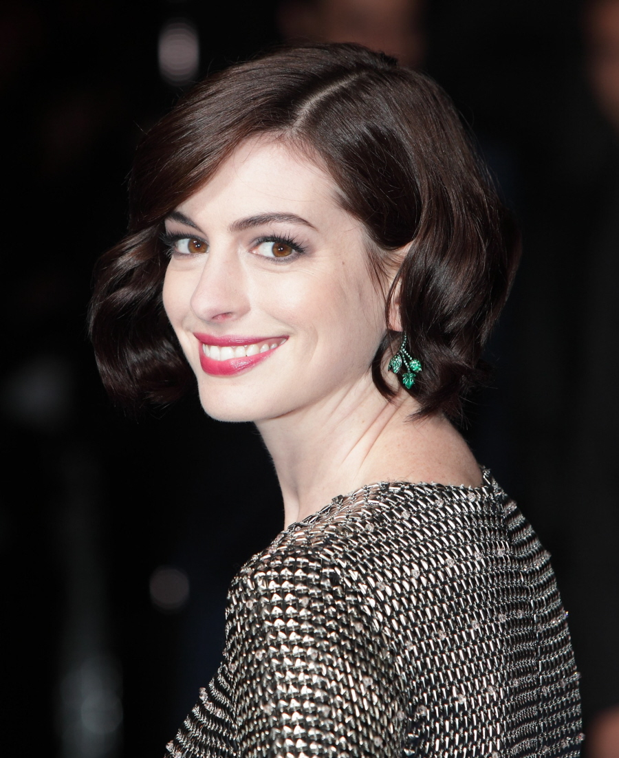 Anne Hathaway In Wes Gordon At The UK