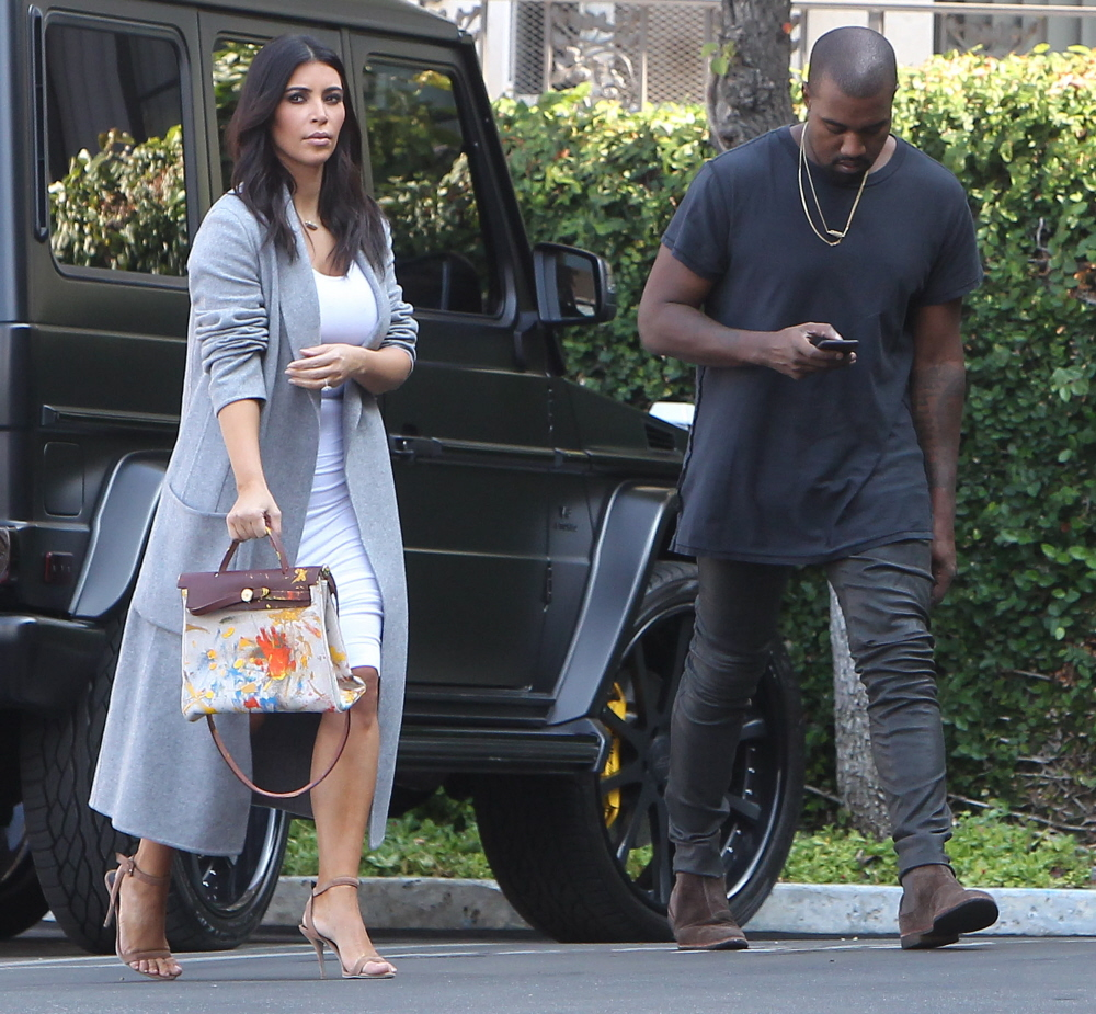 hermes kelly bag replica - Cele|bitchy | Kim Kardashian shows off the Birkin bag that North ...