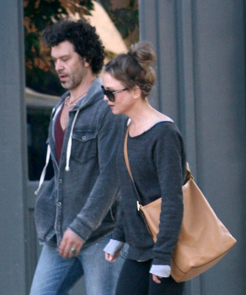 Exclusive... Renee Zellweger And Her Boyfriend Go For A Stroll