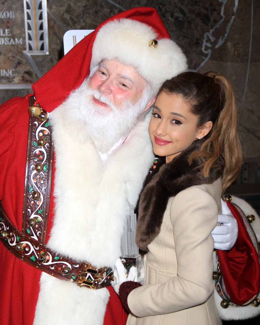 Cele|bitchy | Ariana Grande is literally 'repulsed' by Santa because she's so 'sardonic'