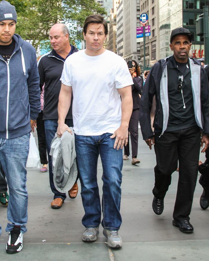 Cele|bitchy | Mark Wahlberg seeks a pardon for blinding a ... Mark Wahlberg Height