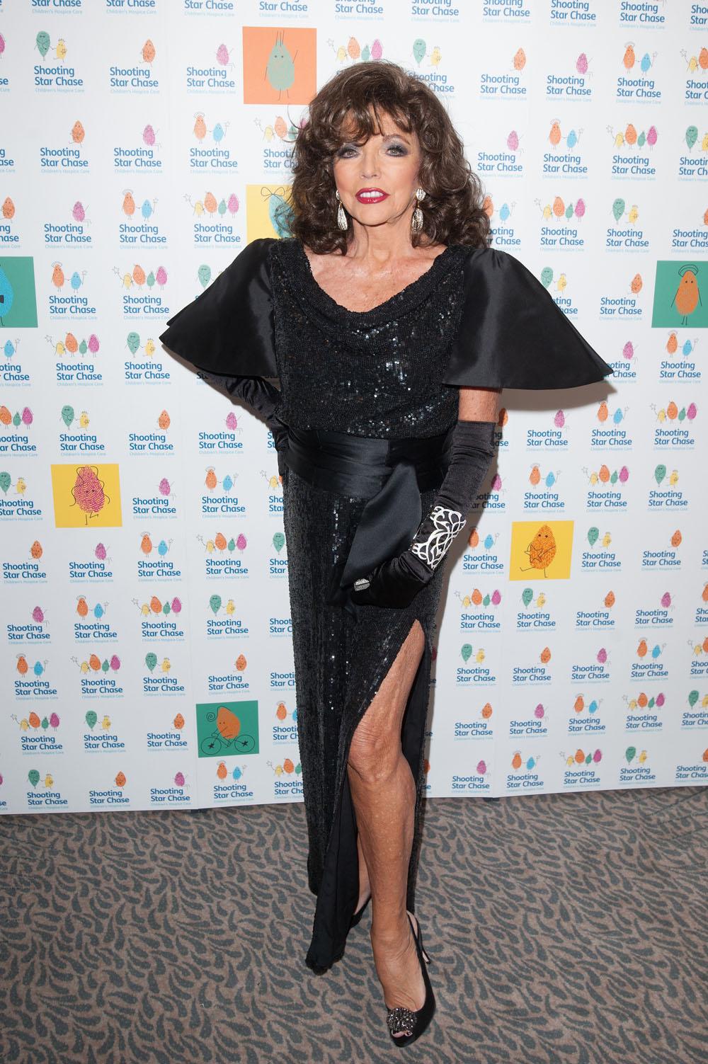 Cele bitchy   Joan Collins: Globes fashion showed a 'sheep mentality ... Sandra Bullock