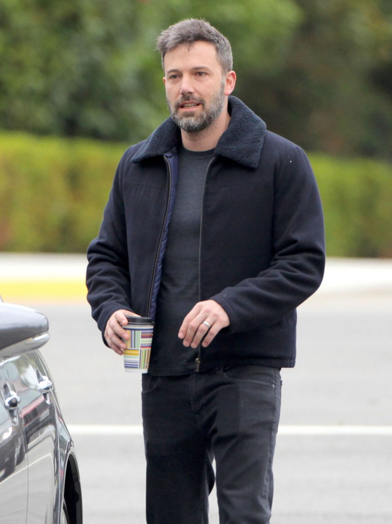 Ben Affleck Gets Coffee In Brentwood