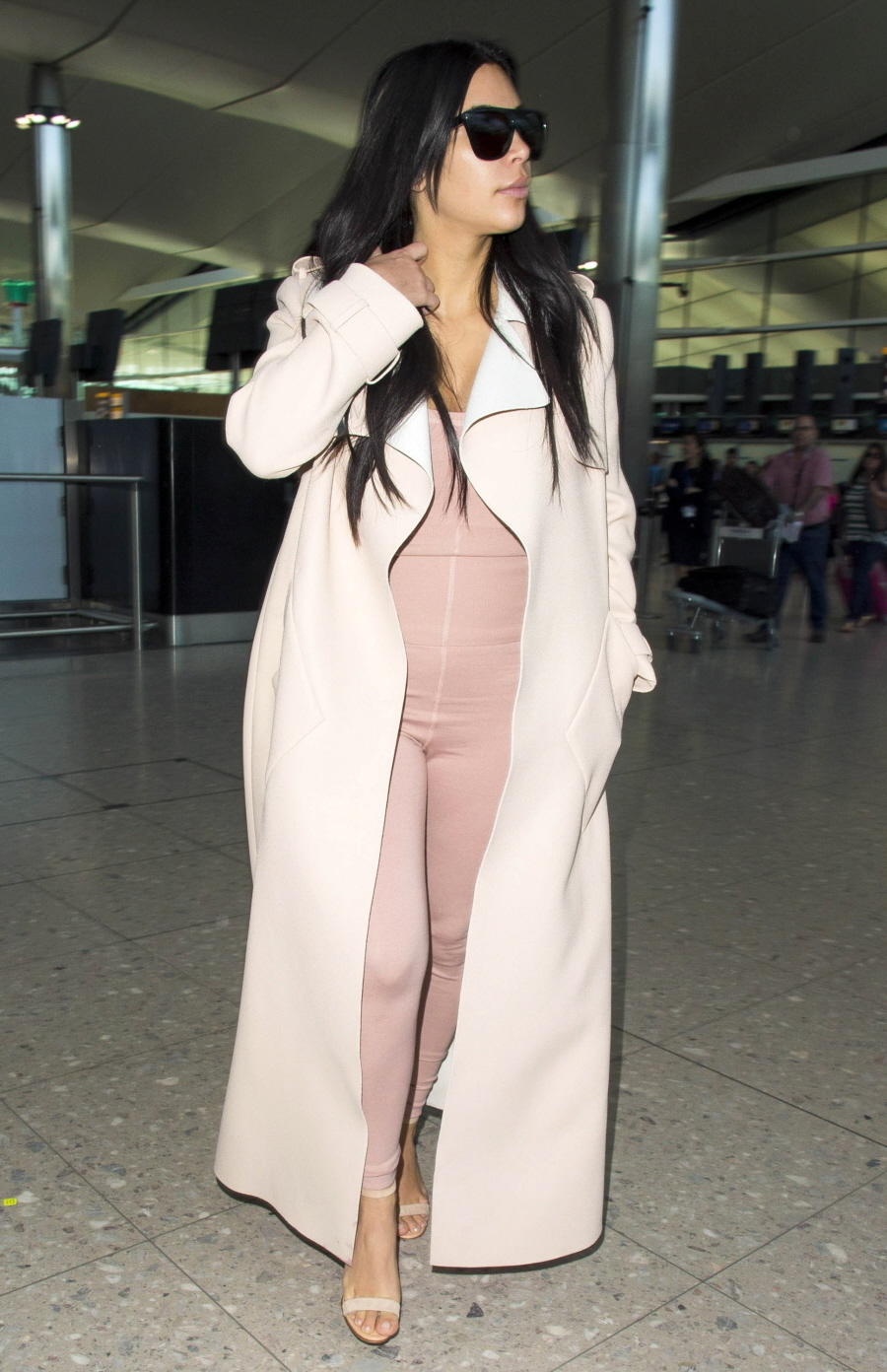 FFN_Kardashian_Kim_FFUK_062915_51785421