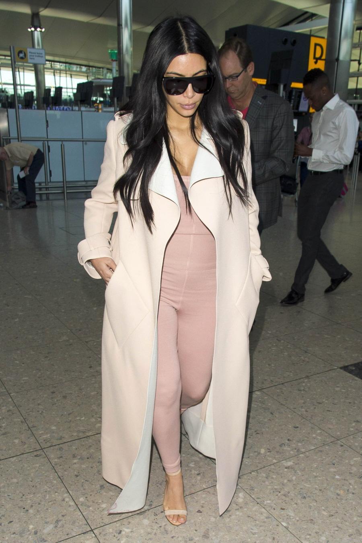 FFN_Kardashian_Kim_FFUK_062915_51785423