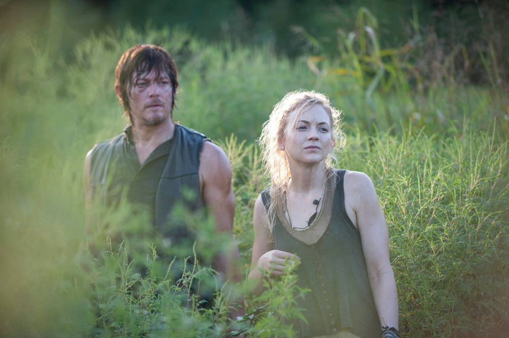 Cele Bitchy Norman Reedus Is Dating Costar Emily Kinney