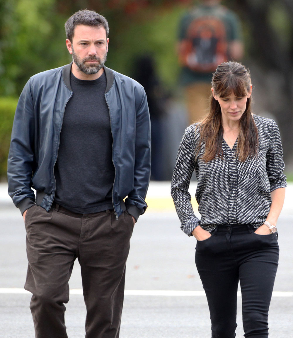 Cele|bitchy | People has exclusive photos of Ben Affleck ...