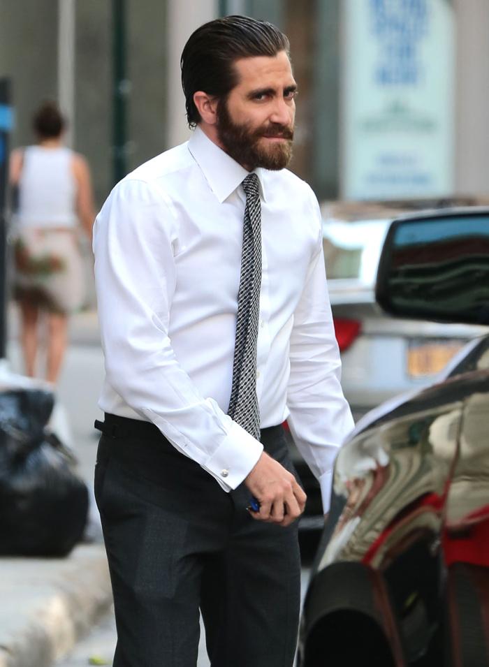 Jake Gyllenhaal & Dakota Johnson are reportedly rekindling their hot ...