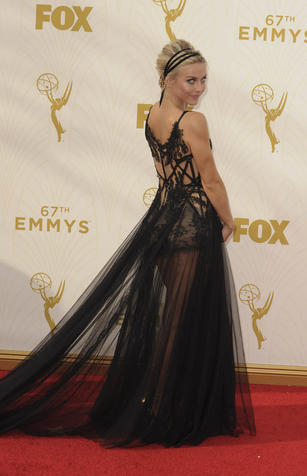 Cele|bitchy | Heidi Klum in Versace at the Emmys: Big Bird ...