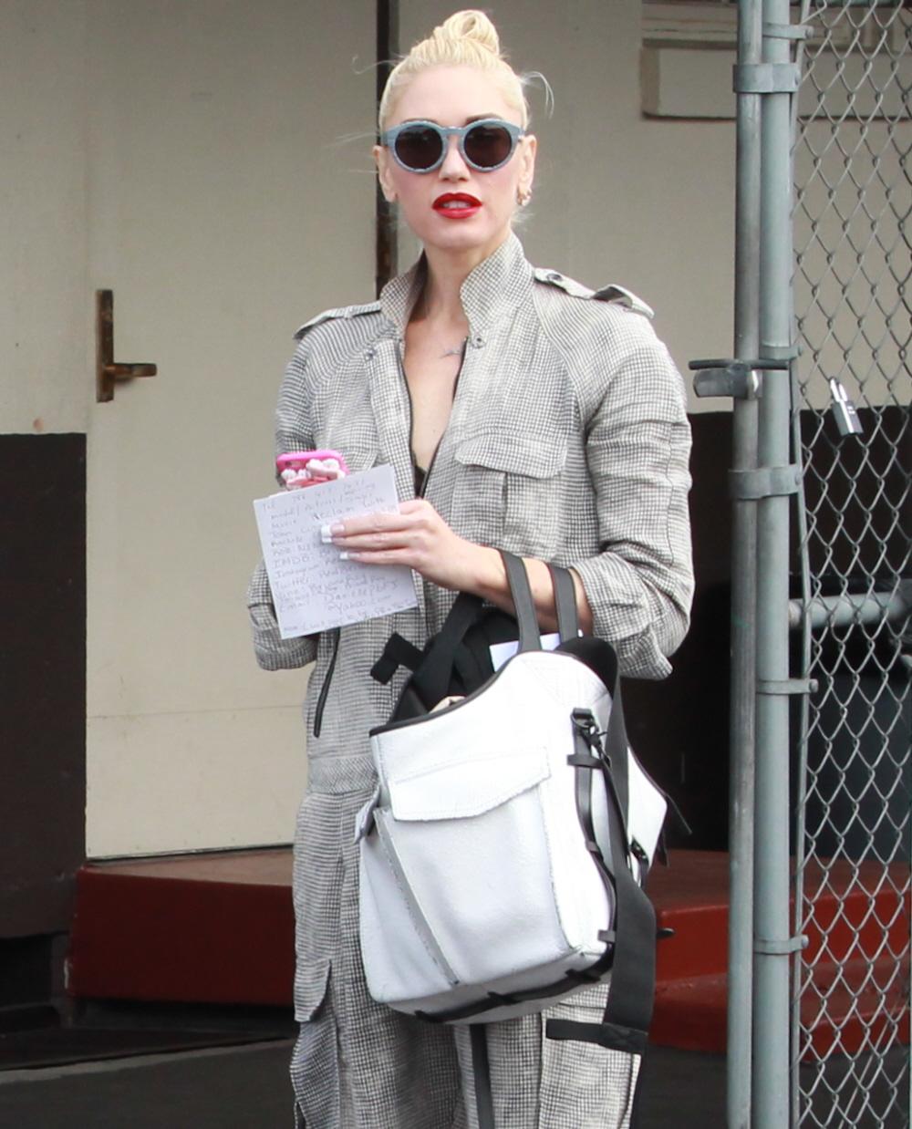 Cele|bitchy | Gwen Stefani & Blake are happening & Miranda Lambert ...