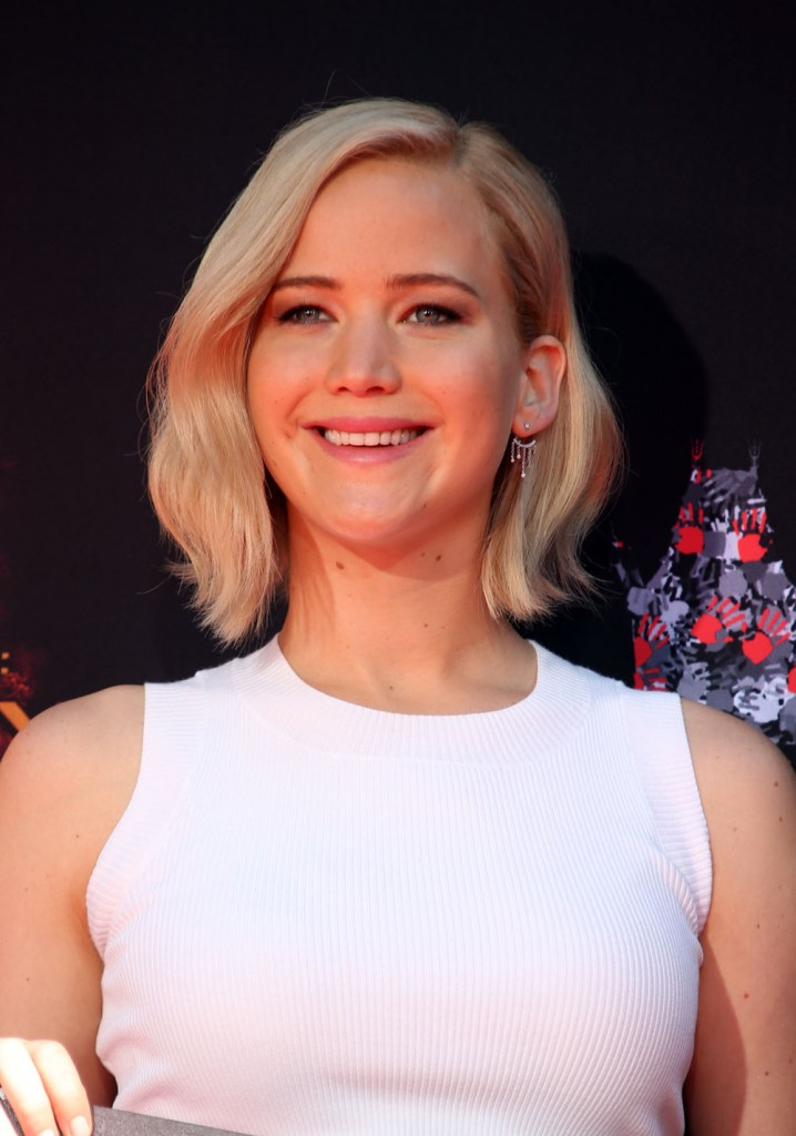 'The Hunger Games: Mockingjay, Part 2' cast hand and footprint ceremony