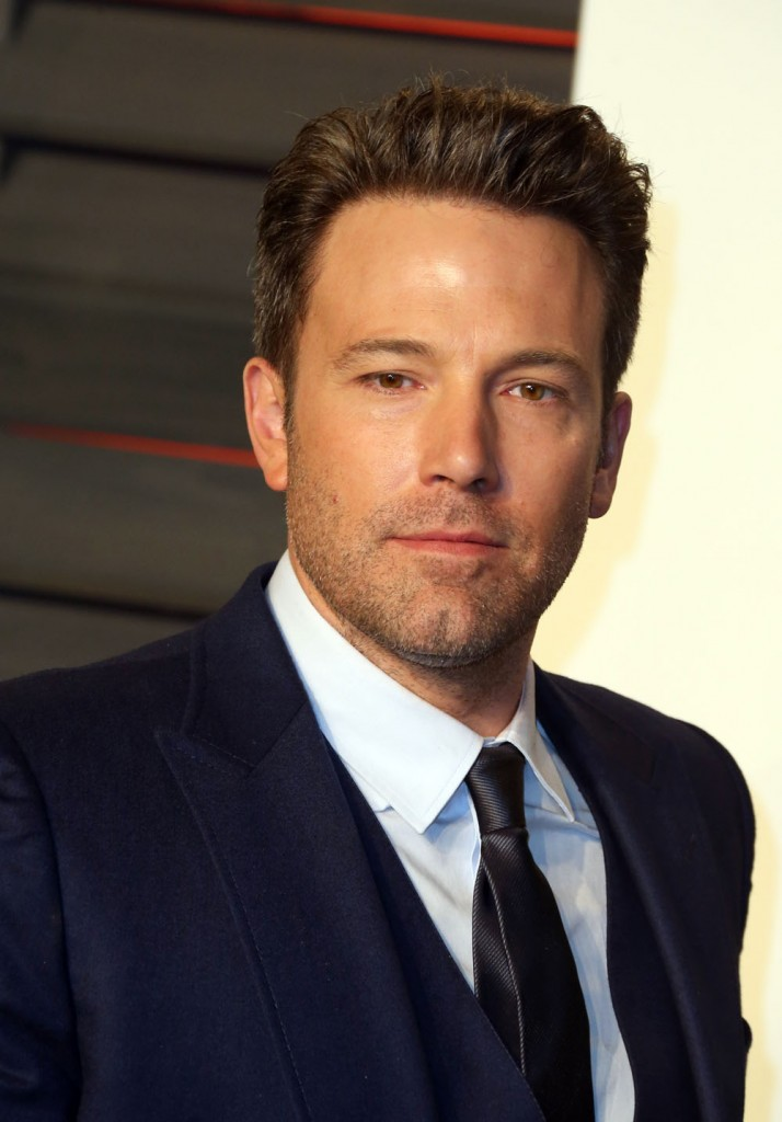 Cele|bitchy | Ben Affleck gave Jennifer the shirt off his ... Ben Affleck