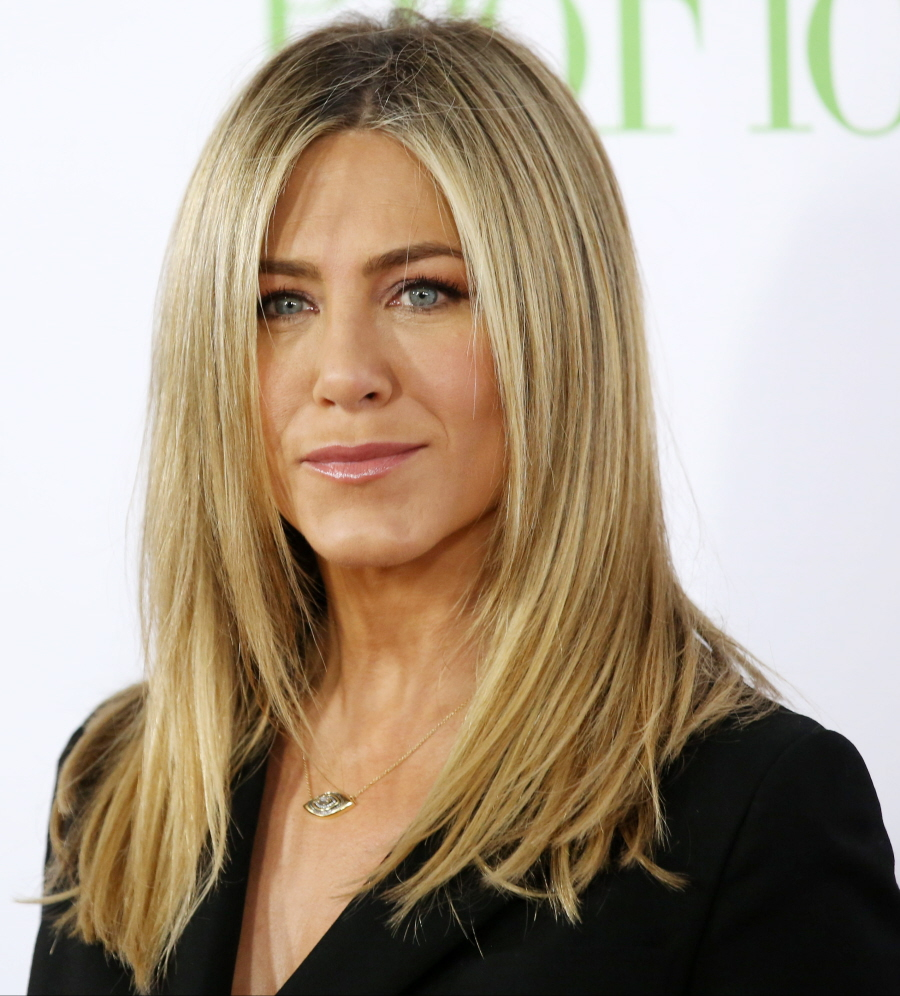 Jennifer Aniston Hair Color And Style By Hairstylist Lance