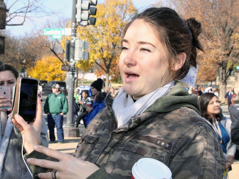 Shailene Woodley and Dave Matthews Protest The South Dakota Pipeline