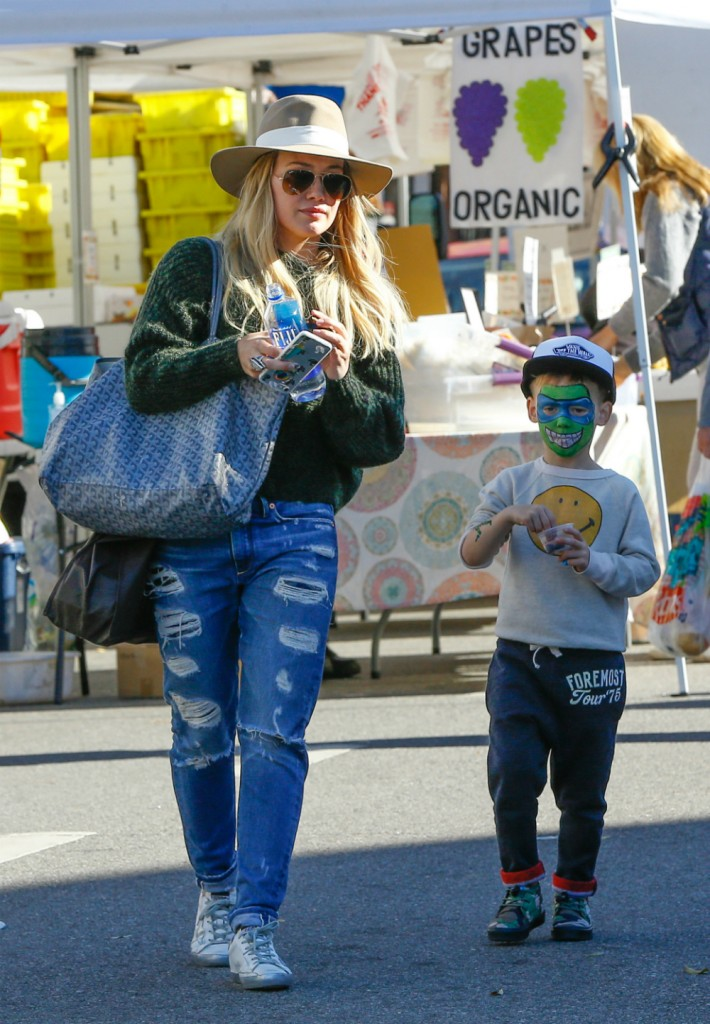 FFN_FF13FF3_DUFF_COMRIE_12182016_52261383  bitchy | Hilary Duff's dinner date with ex following cut up with boyfriend: reconciliation? FFN FF13FF3 DUFF COMRIE 12182016 52261383