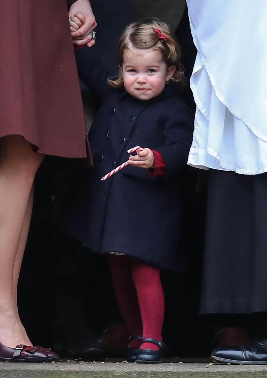 wenn30654079  bitchy | The Cambridges & the Middletons did a church photo-op for Christmas wenn30654079