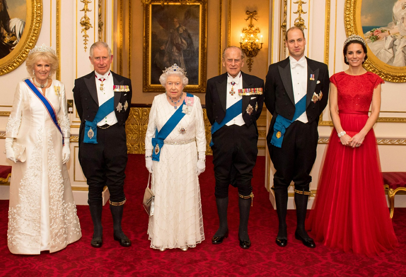 The Duchess of Cornwall, the Prince of Wales, Queen Elizabeth II, the Duke of Edinburgh and the Duke and Duchess of Cambridge attend the Diplomatic Corps reception at Buckingham Palace  bitchy | Will the Queen give Duchess Kate her first royal honor this yr? 160073PCN DiplomaticRoyalsMGS002