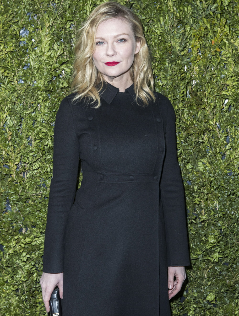 "FFN_CHP_ChristianDior_FS_012317_52290848  bitchy | ""Kirsten Dunst has appeared wonderful at Paris Style Week"" hyperlinks FFN CHP ChristianDior FS 012317 52290848"