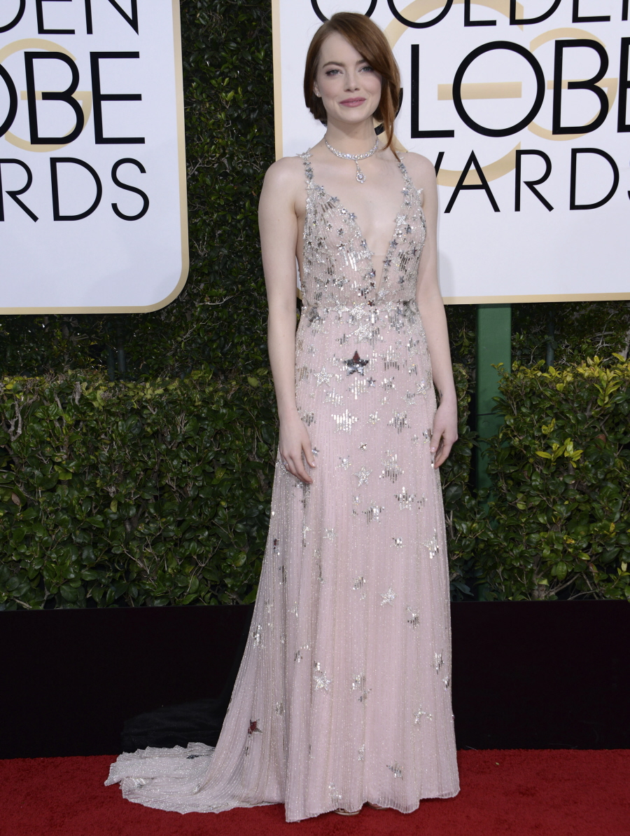 FFN_KMFF_Golden_Globes_arrivals_010817_52276260  bitchy | Emma Stone in star-covered Valentino on the Golden Globes: twee or candy? FFN KMFF Golden Globes arrivals 010817 52276260