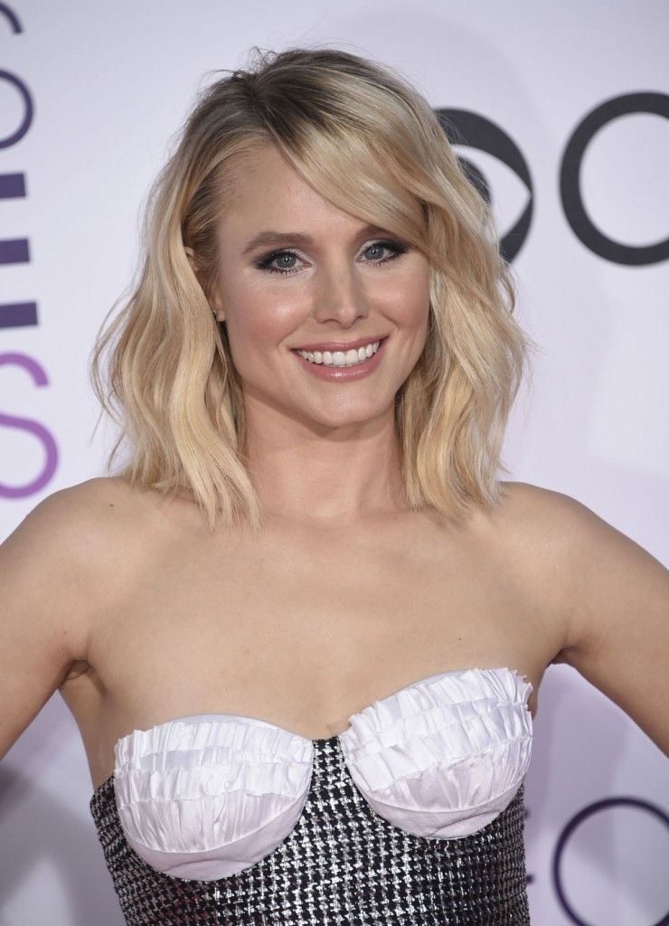 FFN_KMFF_Peoples_Choice_Awards_011817_52286789  bitchy | Kristen Bell in Rasario on the Individuals's Selection Awards: 70s mermaid fail? FFN KMFF Peoples Choice Awards 011817 52286789