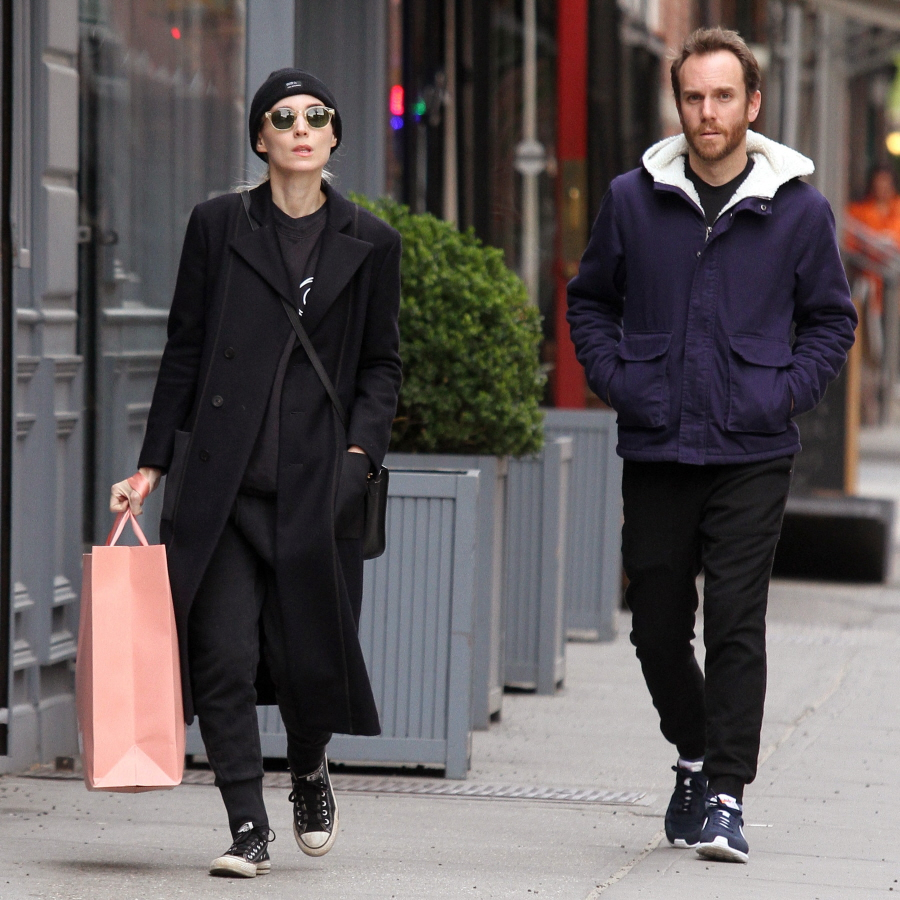FFN_Mara_Rooney_GUE_050516_52045693  bitchy | Did Rooney Mara break up together with her boyfriend to get with Joaquin Phoenix? FFN Mara Rooney GUE 050516 52045693