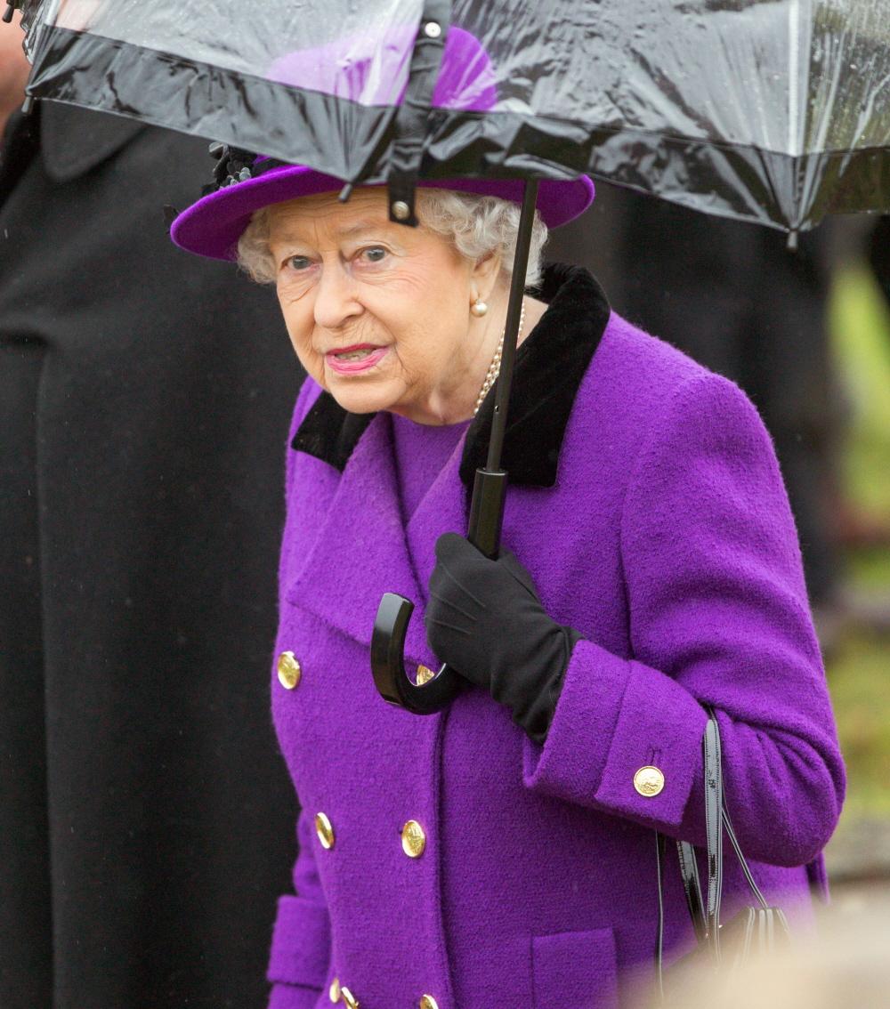 FFN_Queen_Elizabeth_FLYNETUKFF_01142017_52283057  bitchy   Queen Elizabeth attended church together with her nephew David Armstrong-Jones FFN Queen Elizabeth FLYNETUKFF 01142017 52283057