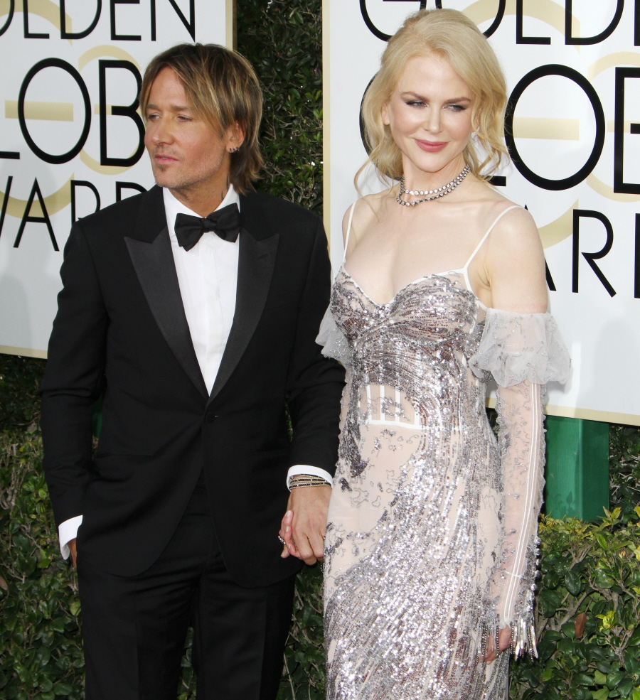 FFN_RIJ_GOLDEN_GLOBES_SET3_010817_52276677  bitchy   Nicole Kidman in McQueen: one of many worst seems of the Golden Globes? FFN RIJ GOLDEN GLOBES SET3 010817 52276677