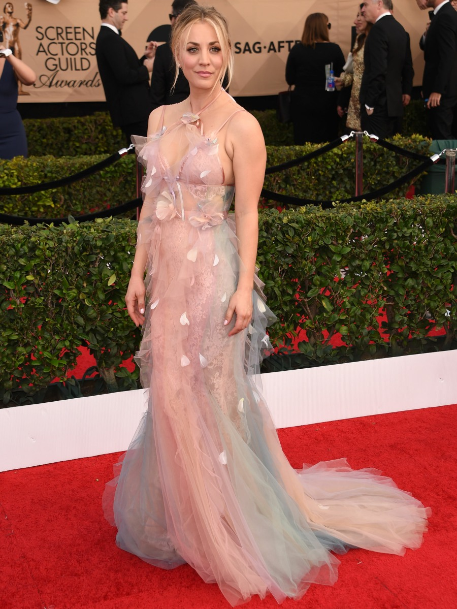 The 23rd Annual SAG Awards - Arrivals  bitchy | Kaley Cuoco in tulle Marchesa on the SAGs: twee, horrible & tragic? FFN SAG1 ChrisVisual 141 52298645