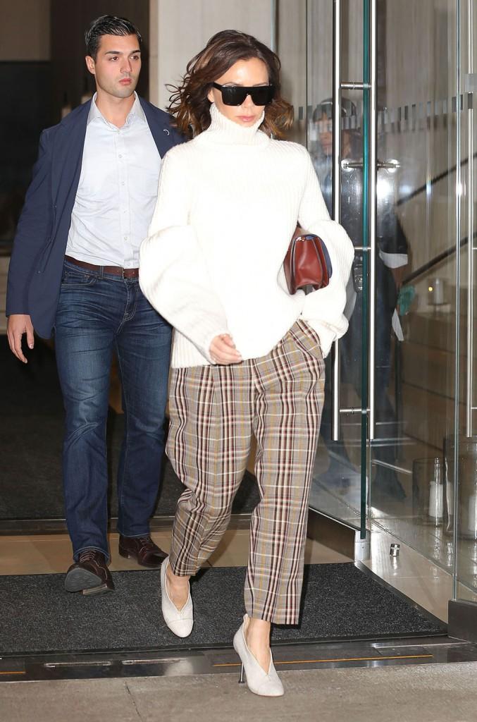 Victoria Beckham Steps Out In New York City  bitchy | Victoria Beckham denies making an attempt to legally block Spice Women reunion FFN SpartanoFF Beckham Victoria 120716 52250992