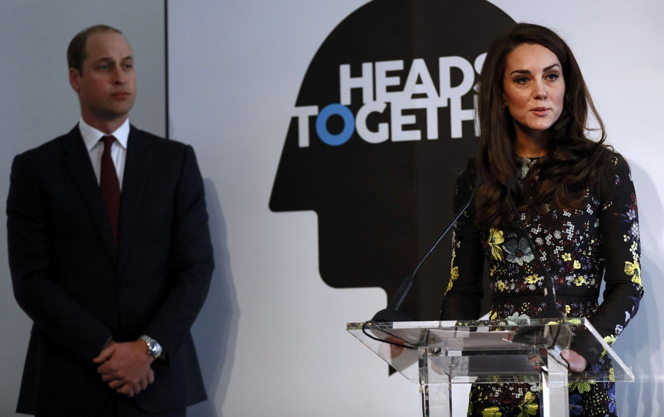 kate2  bitchy   Prince William & Kate affirm that they're eager to maneuver to London full-time kate2