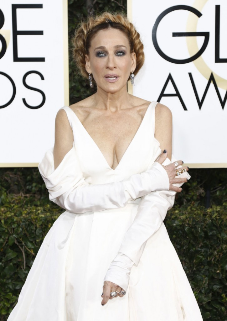 wenn30702650  bitchy   Sarah Jessica Parker in bridal Vera Wang on the Golden Globes: crazy-looking or cool? wenn30702650