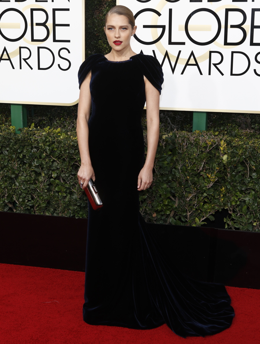 wenn30704333  bitchy   Nicole Kidman in McQueen: one of many worst seems of the Golden Globes? wenn30704333