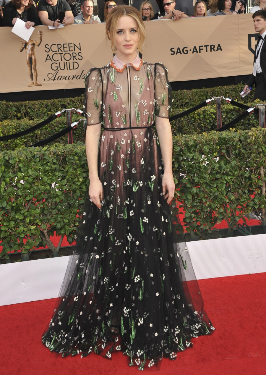 The SAG Awards 2017 Arrivals  bitchy | Michelle Williams in striped Louis Vuitton on the SAGs: fancy circus tent? wenn30821798