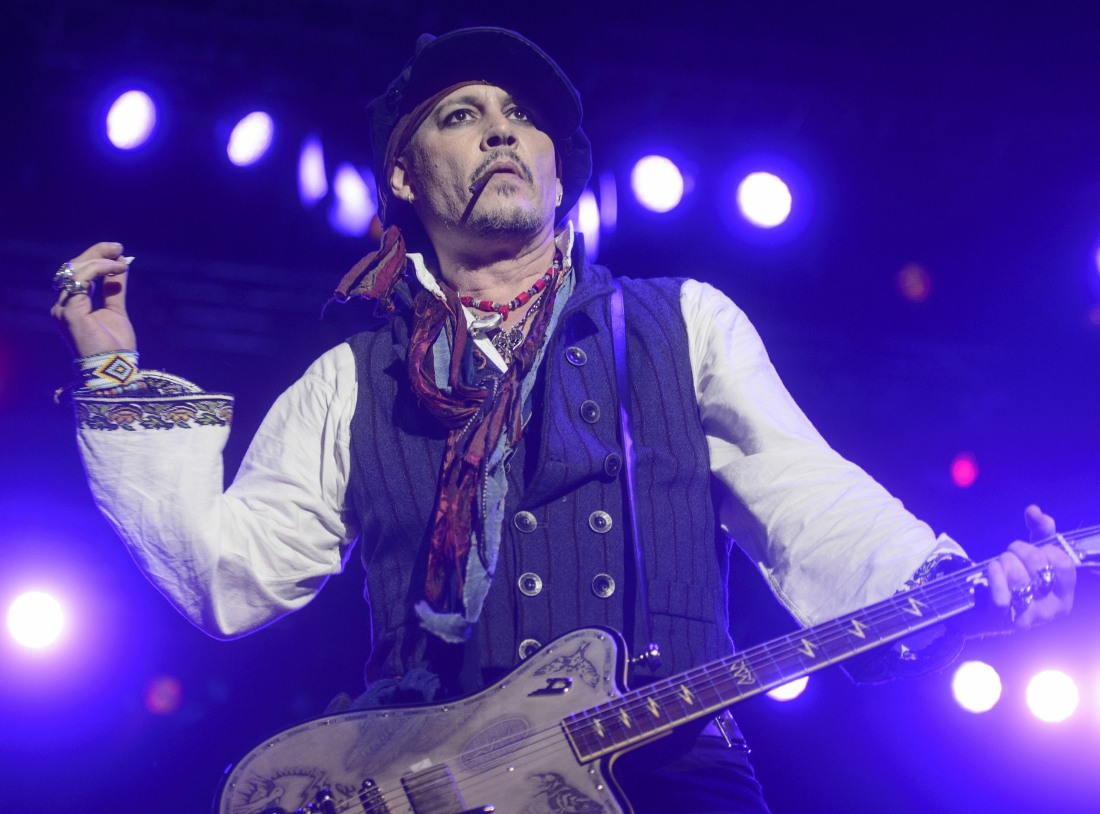 Johnny Depp's Hollywood Vampires Perform In Bucharest  bitchy | Johnny Depp unironically believes he's the sufferer of a gaslighting marketing campaign FFN Depp Vampries HEP 060616 52083974