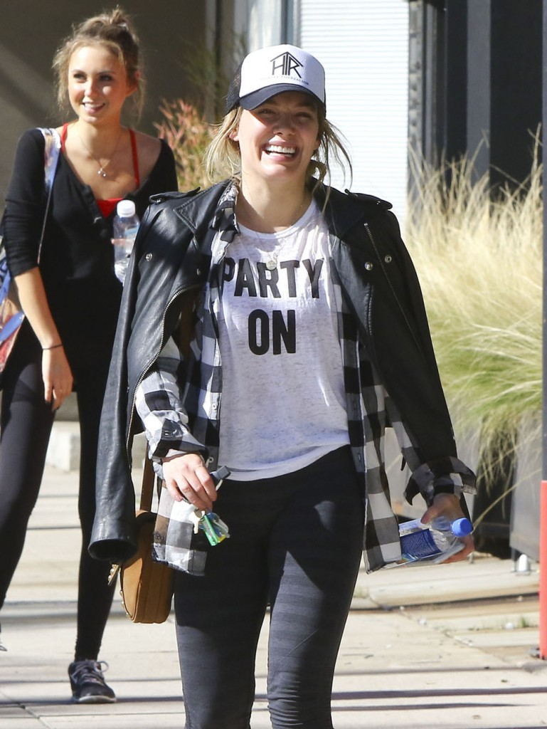 Hilary Duff Leaving A Pilates Class In Studio City  bitchy | Hilary Duff: 'My legs are robust and so they carry me each single day' FFN Duff Hilary MAF 013017 52299395 edited 1