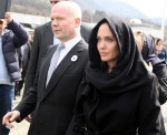 Angelina Jolie and William Hague arrive at the Memorial Center  bitchy | Angelina Jolie wrote a NYT op-ed slamming Donald Trump's Muslim Ban wenn21220690