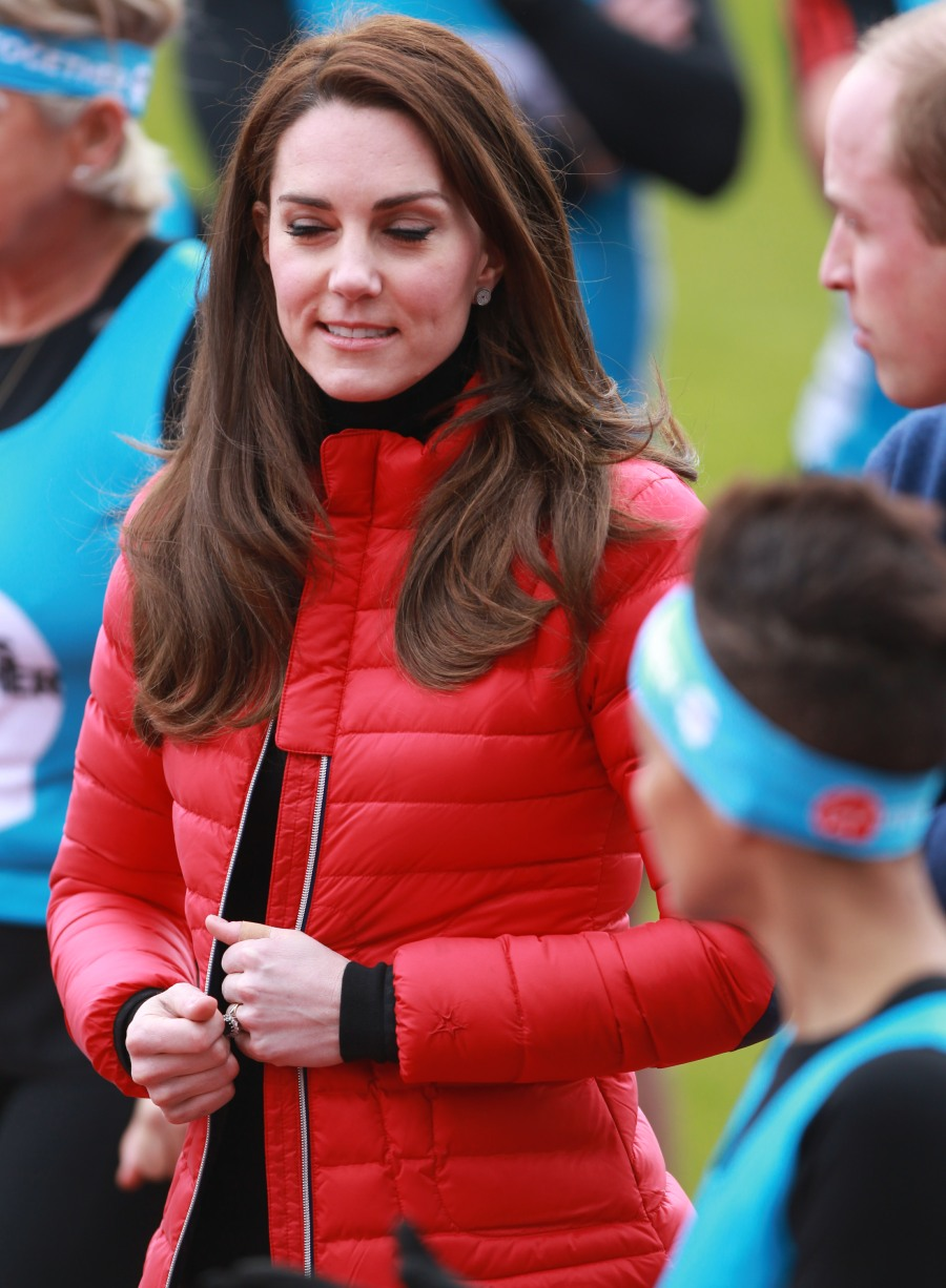 2017 Virgin Money London Marathon for Heads Together Training Day  bitchy | Duchess Kate wore skinny denims & a £280 ski jacket to dash in London wenn30856669