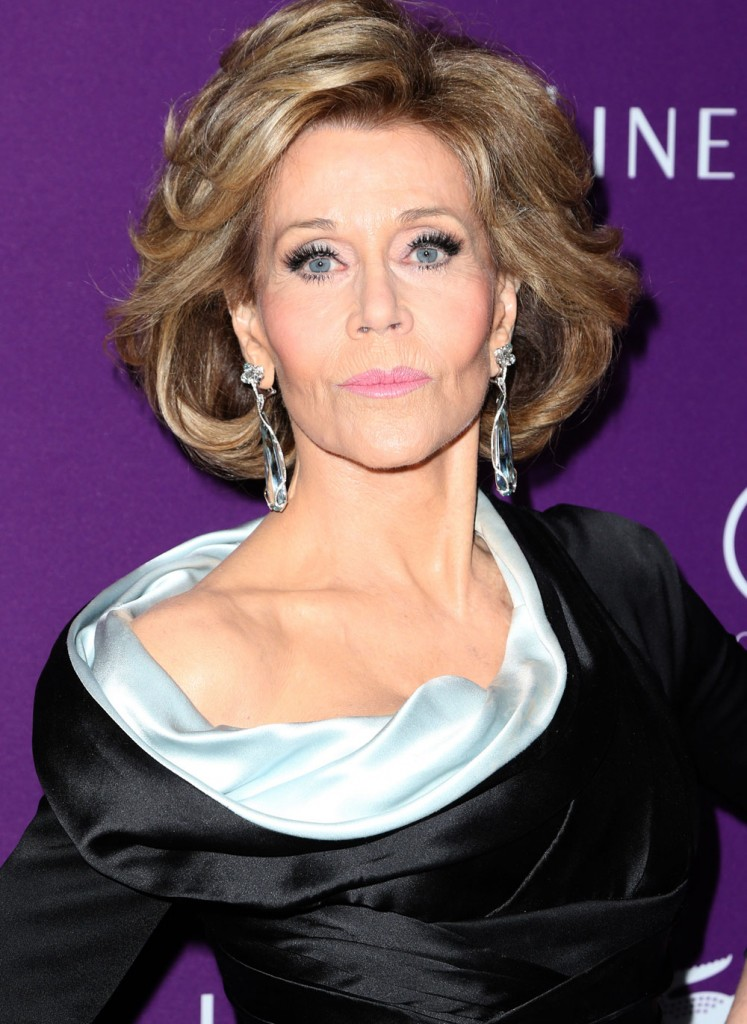 Cele Bitchy Jane Fonda In Versace At The Costume