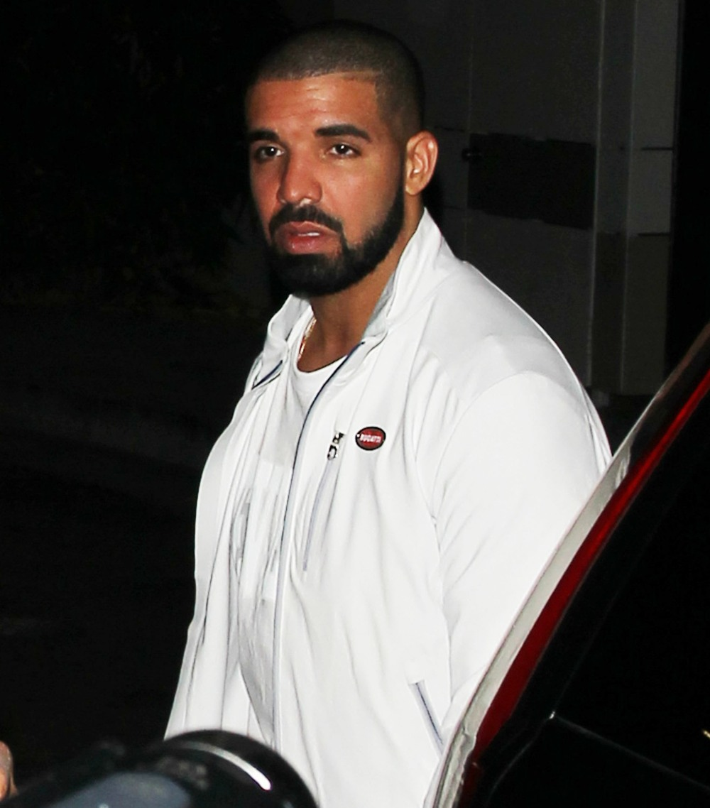"""""""Drake apparently used to drunk-dial Jennifer Lopez all the time"""" links"""