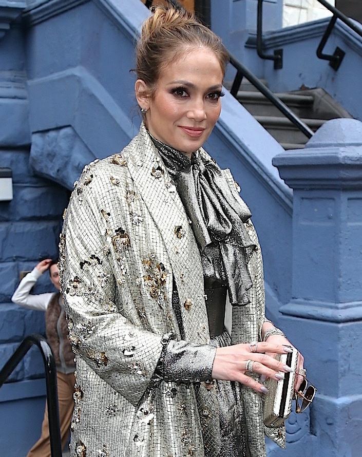 Cele|bitchy | Jennifer Lopez is dating A-Rod, a guy who ...