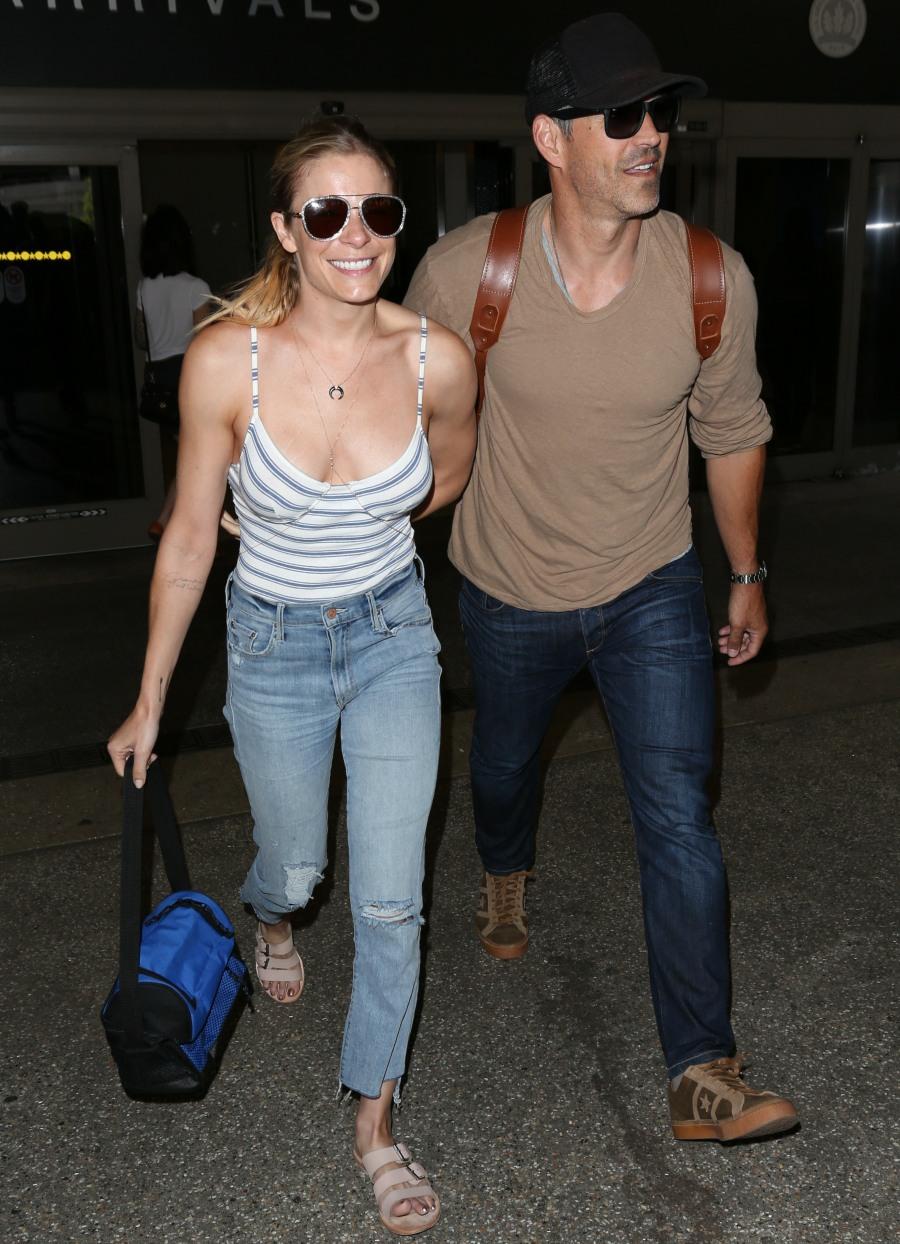 LeAnn Rimes and Eddie Cibrian at Los Angeles International Airport