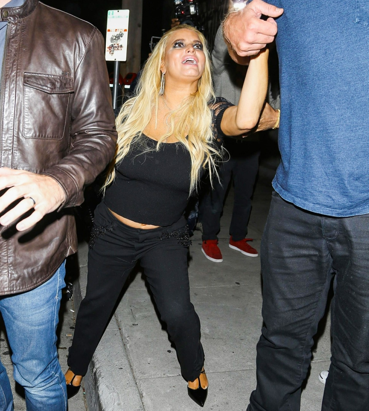 A worse for wear Jessica Simpson leaves Craig's restaurant - Part 2