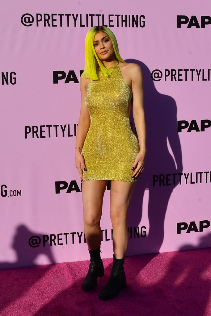 Kylie Jenner At The Paper And Pretty Little Thing Party In Palm Springs.