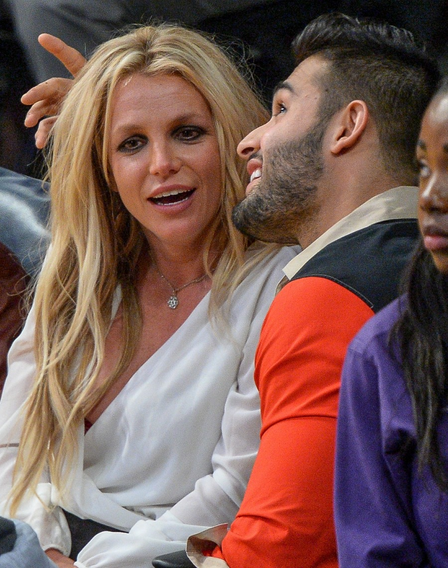 Britney Spears: The real MVP of Lakers vs. Warriors!