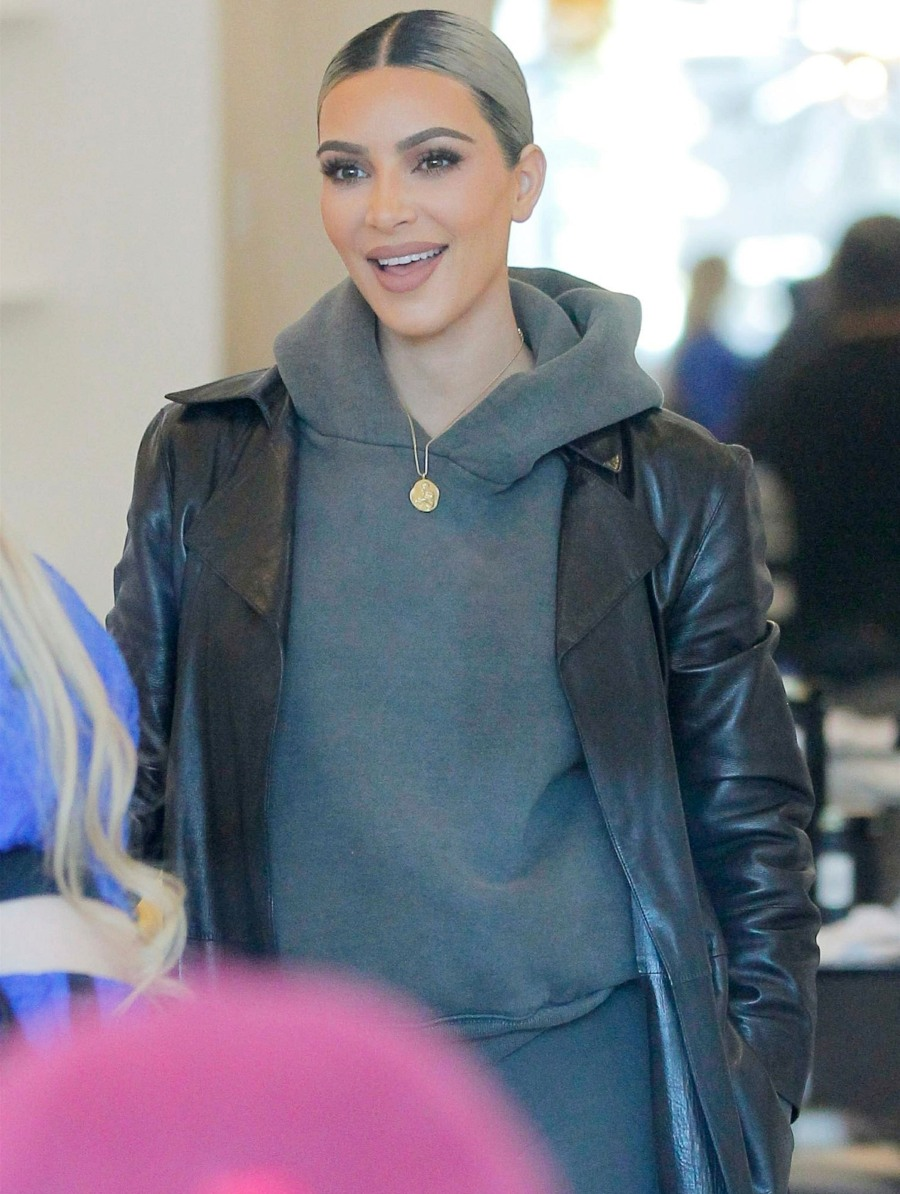 Kim Kardashian stops by har DASH store with the KUWTK cameras