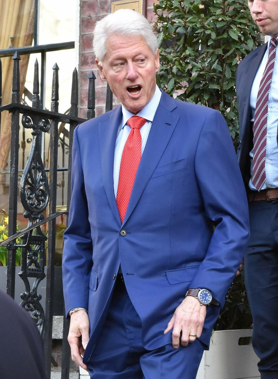 Bill Clinton Leaving The Merrion Hotel